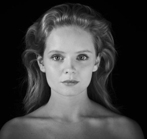 Headshot,Olga Kalicka, JunikaTalents-