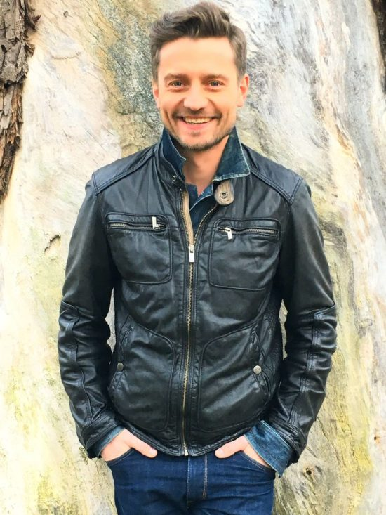 Marcin Rogacewicz,Junika Talents