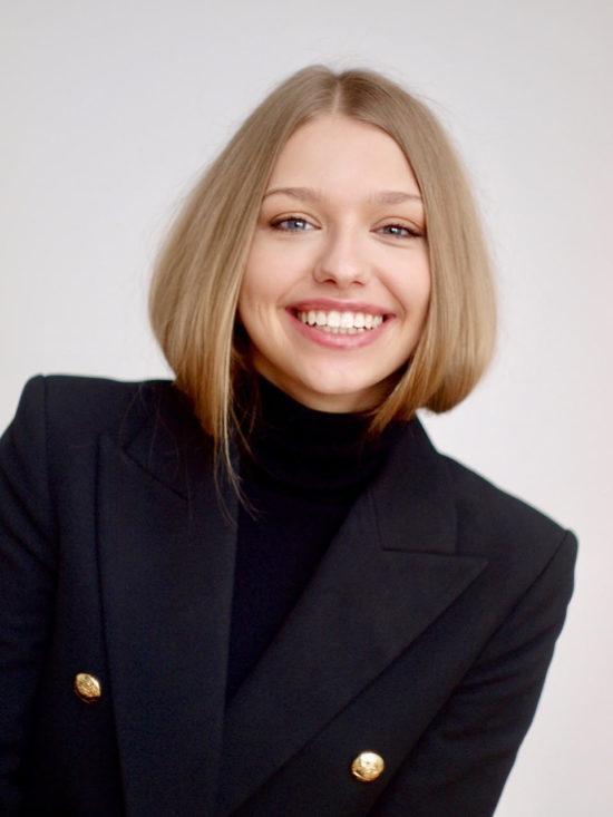 NicoleBogdanoiwcz,Junika1